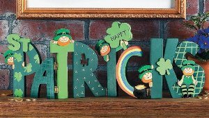 Happy St. Patrick's Screen Room Decor