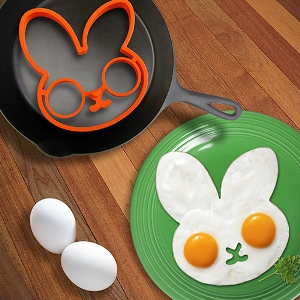 Perpetual Kid Bunnyside Up Egg Mold