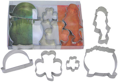 R & M International Corp. 5 Piece Cookie Cutter Set