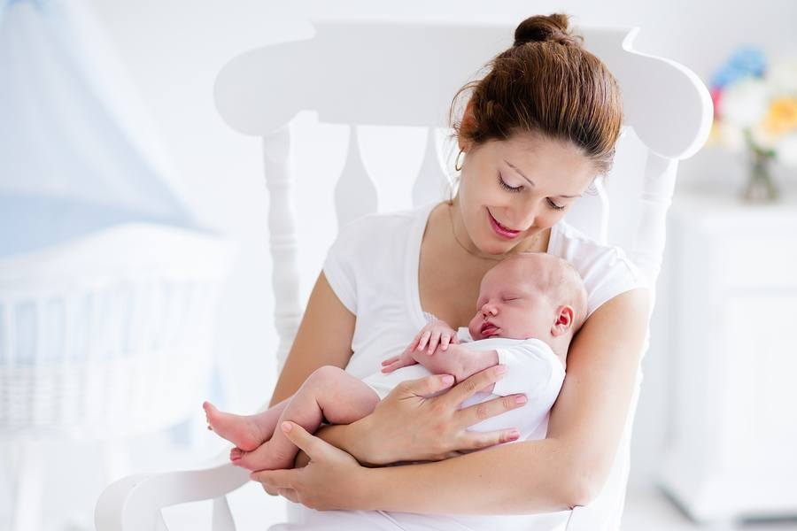 Top 10 Gadgets that Make a New Mom's Motherhood Experience Extra Special