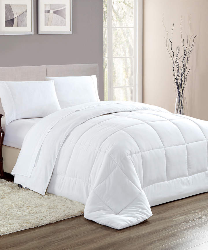 White Chelsea Reversible Down-Alternative Comforter