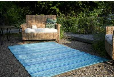 Beachcrest Home Marianne Turquoise / Moss Green Stripe Area Rug