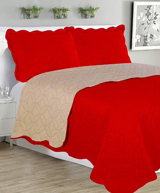 Red and Beige Sherry Reversible Quilt Set