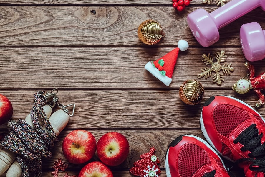 Tips On How to Avoid those Extra Pounds But Still Enjoy the Festivities this Holiday Season