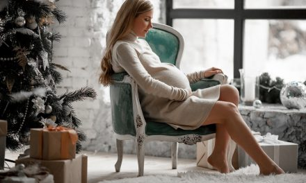 Christmas Gift Ideas for New and Expectant Moms