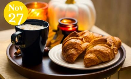 Pumpkin Pie Croissants Are Exactly What You Need on Chilly Fall Mornings